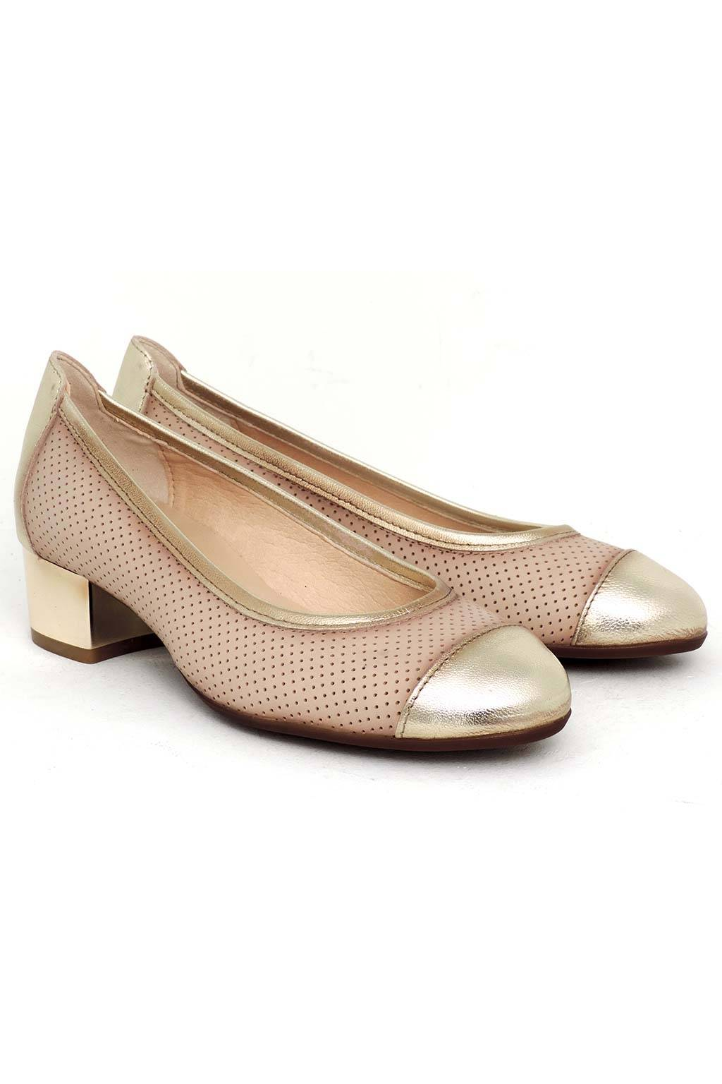 Zapato piel tacón medio