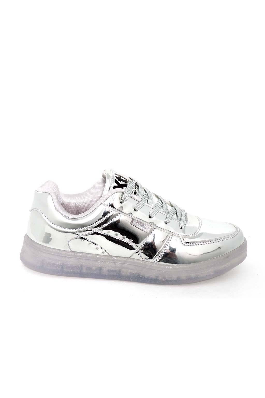 Zapatillas deportivas baratas con luces XTI 46372 medinapiel.es