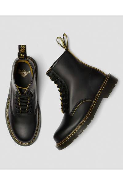 DrMartens 1460 Black  yellow Smooth