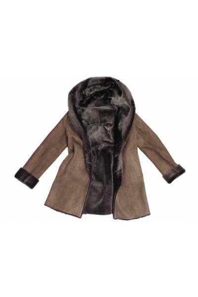 Abrigo corto auténtica piel vuelta