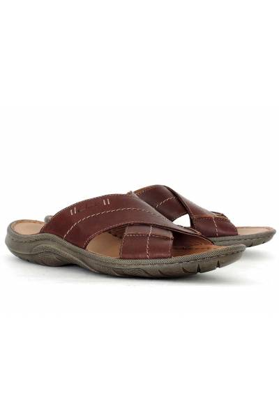 Clarks Woodlake Cross Brown