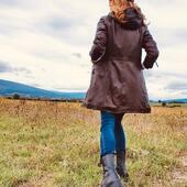 🍂Vive el Otoño🍂Desde 1983 @medinapiel referente en abrigos de cuero y calzado en piel www.medinapiel.es 📞947190770
